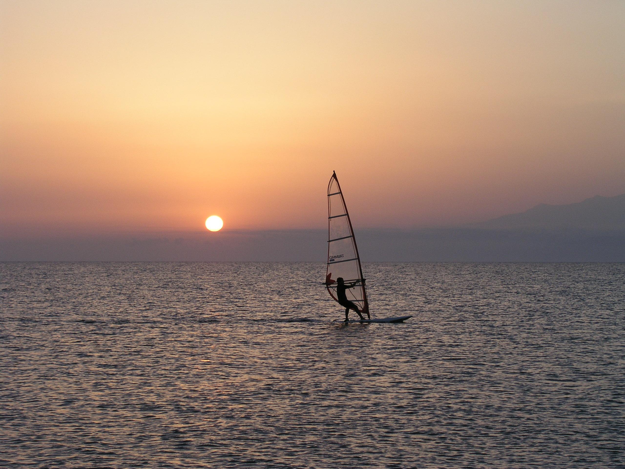 Windsurf e celiachia: un'insolita alleanza