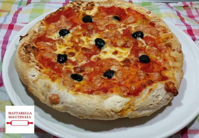 Pizza con scamorza