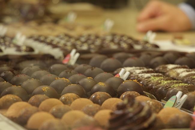 """Apre a Torino """"Grezzo Raw Chocolate"""" gelateria e """"dolceria"""" a crudo"""