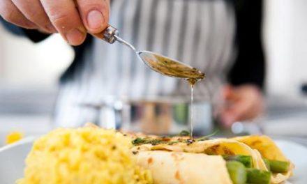 """Torre Annunziata – """"Corso di cucina senza glutine"""", iniziativa di AiC e AreV-OD"""
