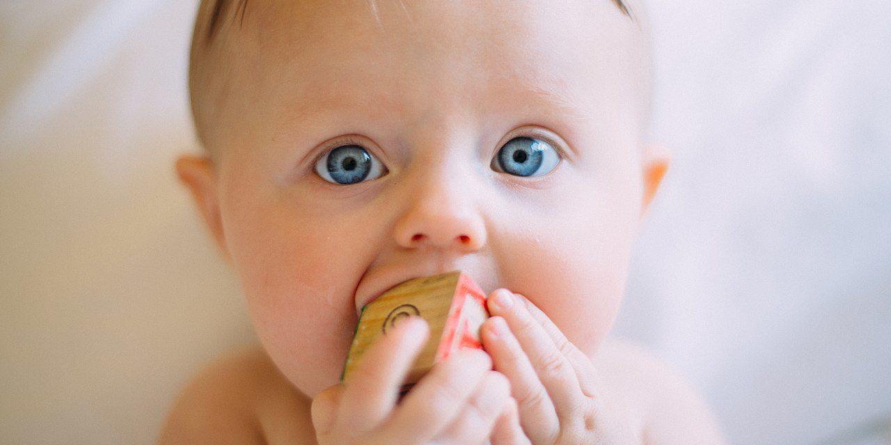 Celiachia. Introdurre il glutine già a 4 mesi di vita riduce il rischio di sviluppare l'intolleranza