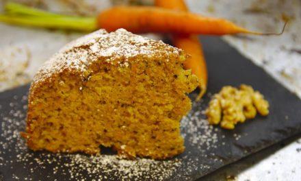 Carrot cake light, un dolce leggero senza zucchero e senza glutine