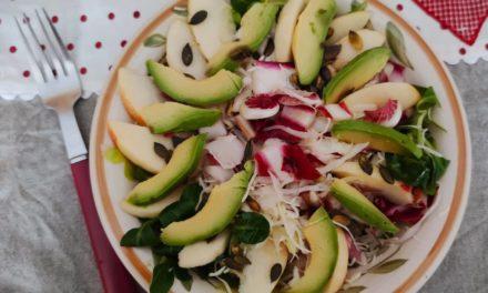Insalata con mele ed avocado