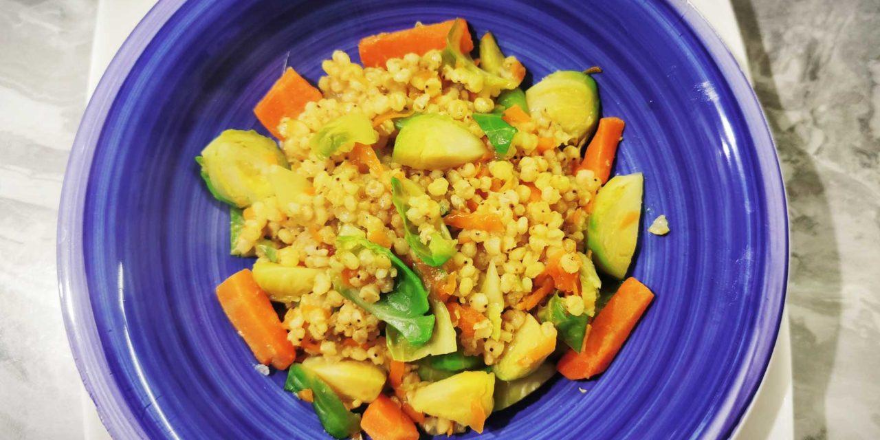 Sorgotto cavolini, carote e curry