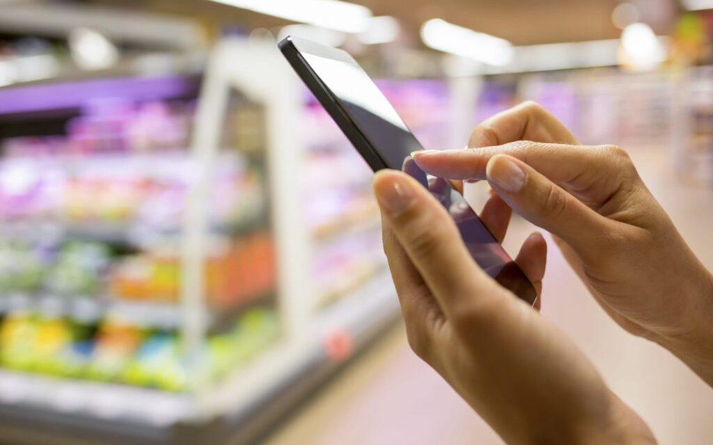 Intolleranze e allergie alimentari: le app che ci aiutano per spesa e ristorante